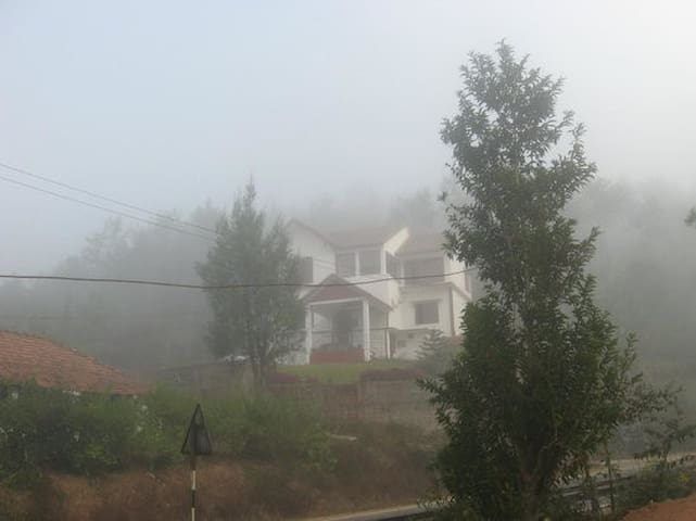 Misty Mountain Homes - Madikeri - House