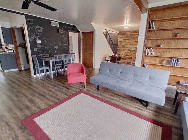Tony's Place Bedroom #2