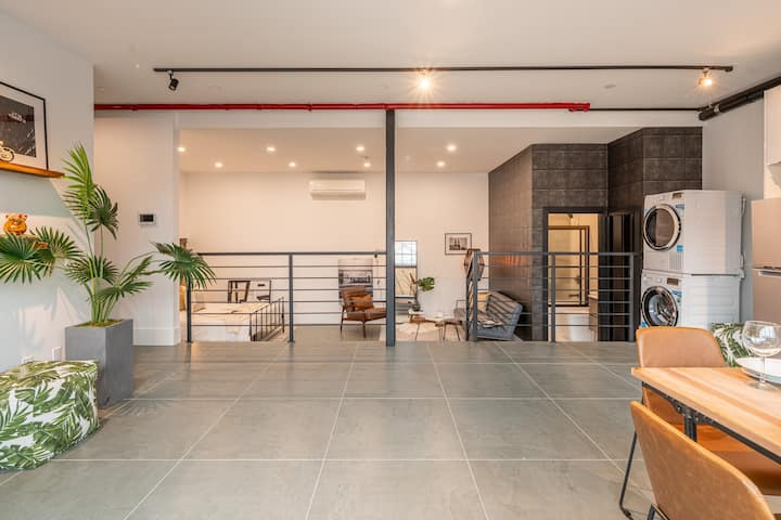 Brooklyn Bay: Full spacious Unique trendy loft