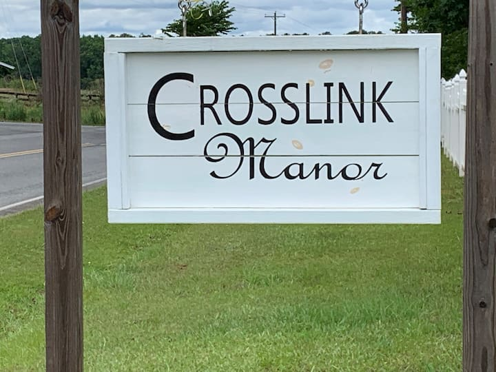 Crosslink Manor-Birch Room