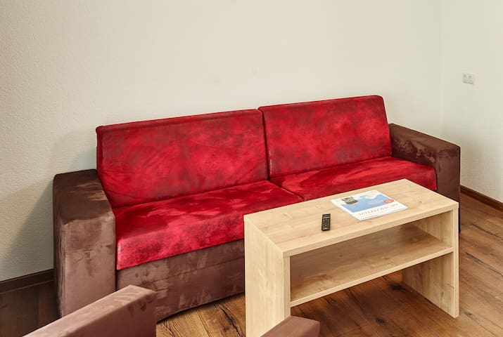 couch / bed couch for person 3 and 4