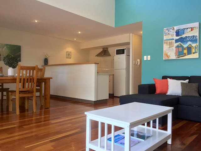 Modern & stylish 2BD 2BTH apt in the heart of town - Margaret River - อพาร์ทเมนท์
