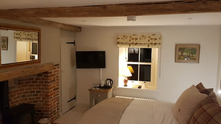 Keepers Cottage - The Cley Room