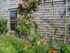 Nantucket+mariner%27s+house+c.+1804