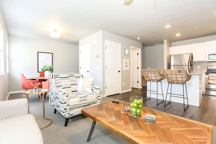 2 Bedroom completely renovated townhouse.