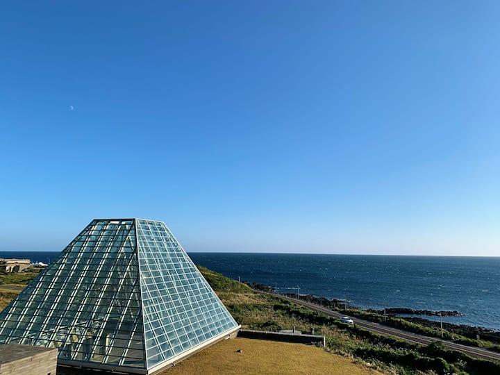 Sea  view 오션스타-섭지코지해변-성산일출봉-
