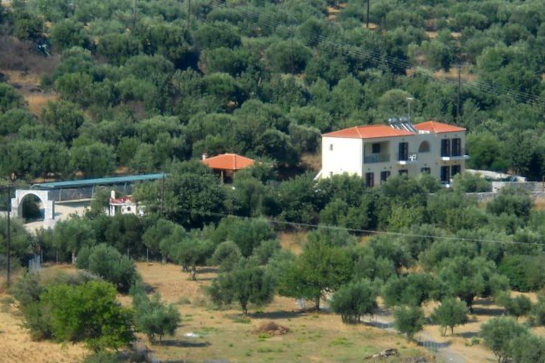 papakonstantis.gr Domaine Papakonstantis Apartments To Let