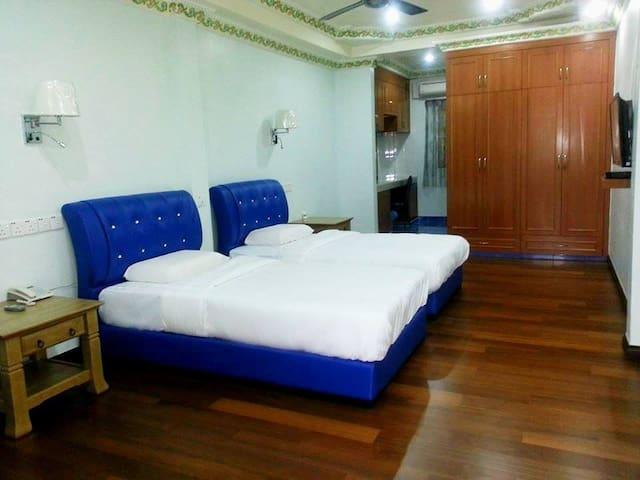 Spacious Twin Room in North Borneo! - Putatan - Bed & Breakfast