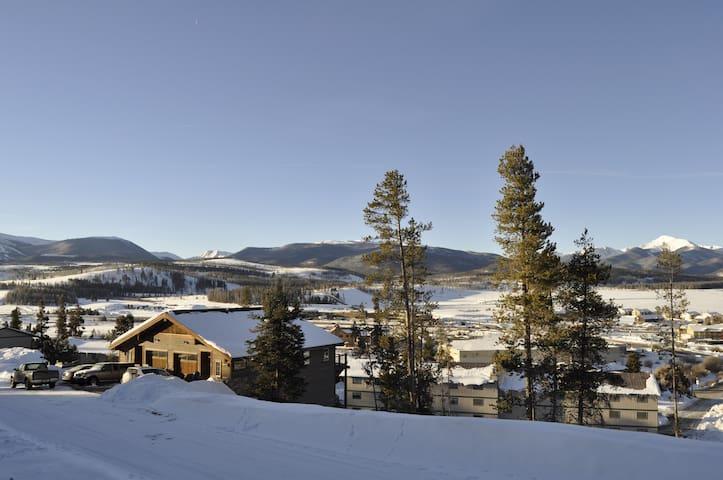 Luxury Ski Lodge and Mountain Home - Fraser - Ev