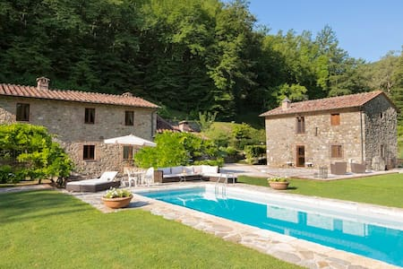 Luxury Villa in Tuscany with saline pool and spa - Anqua