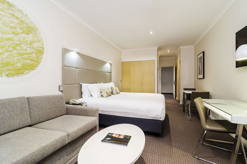 2 bedroom suite in melbourne cbd 2 nights apartments for rent in melbourne victoria australia Rent 2 bedroom apartment melbourne