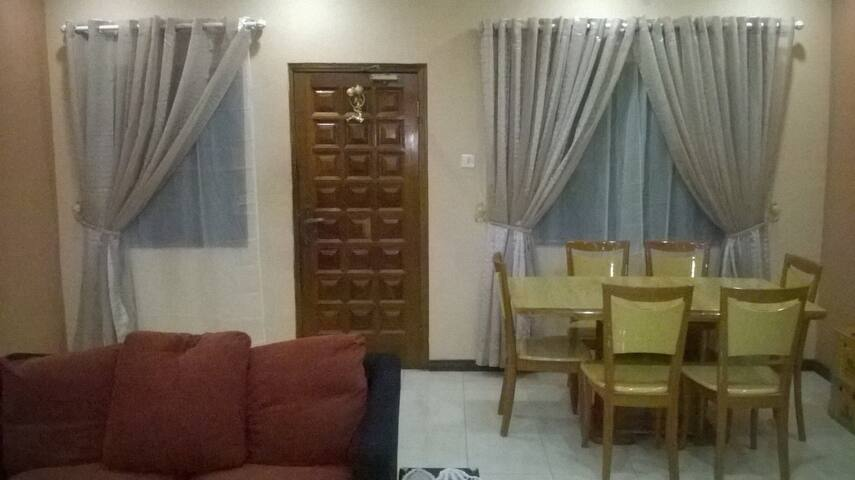 4-bedroom fully furnished house for renting - Tema - House
