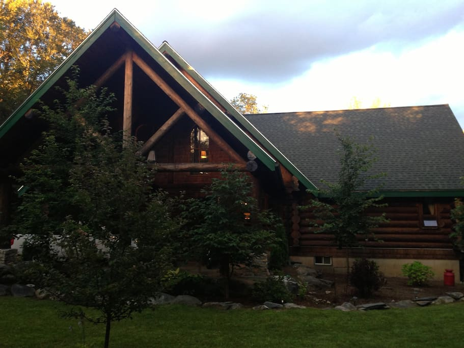 Summer view of the front of the cabin.