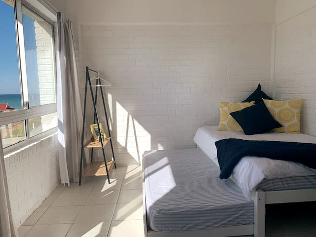 Downstairs bedroom - 3/4 bed with single, pull out under-bed