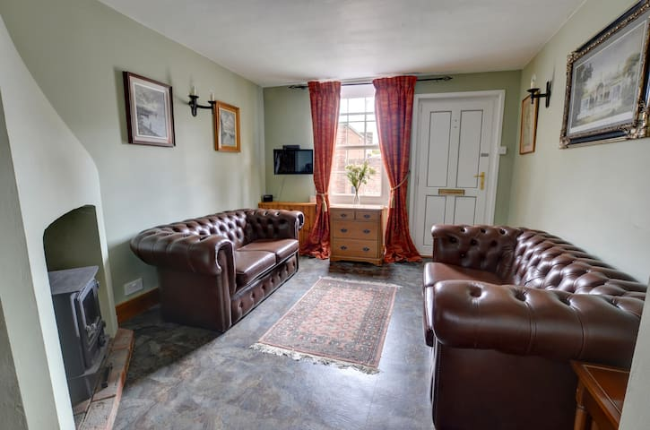 Beautiful Cottage-Sleeps 5 - Luxury and Value! - Tenterden - Casa