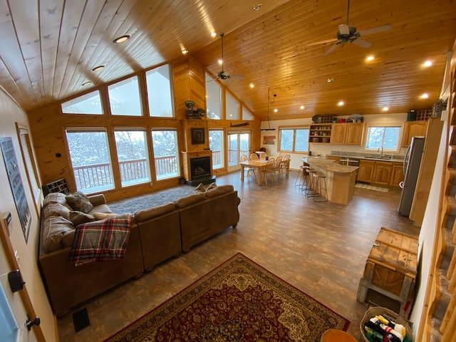 Cub River Hideout Cabin