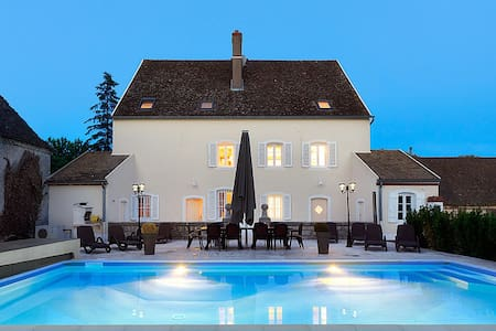 Maison du Doubs - Saunières