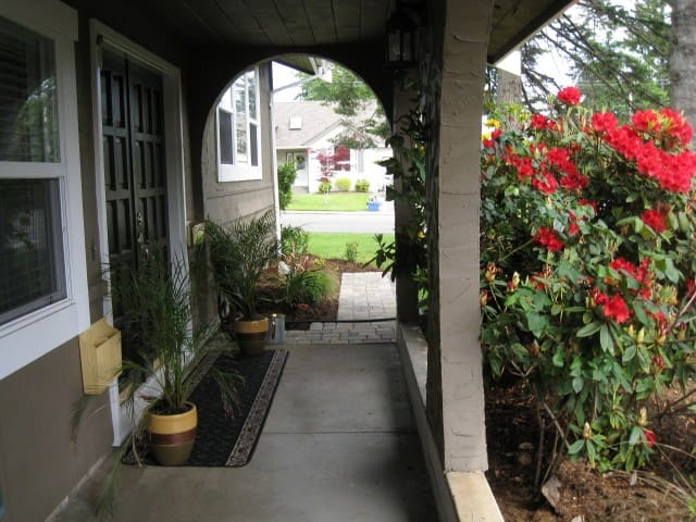Private Quiet suite near AIRPORT - Comox - Other