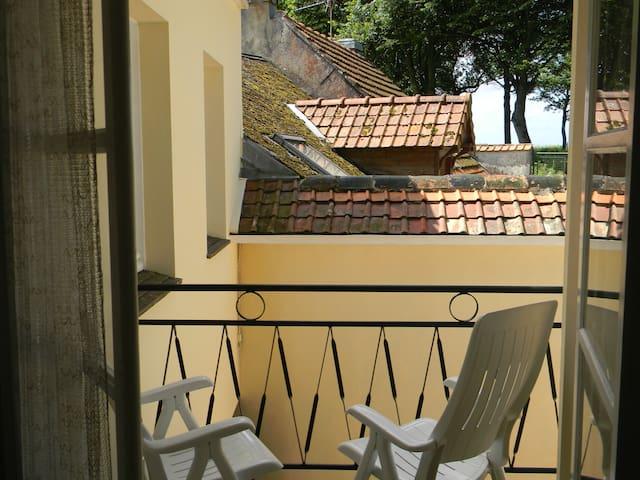 Maison Montreuil, proche centre - Montreuil, Pas-de-Calais - Dom