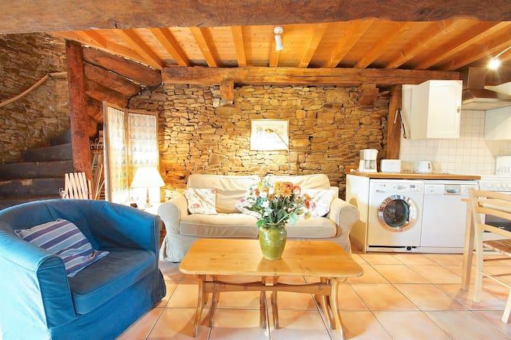 Charming cottage nr Mont St Michel