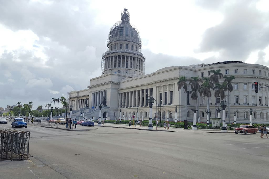 Capitolio. Habana Cuba  2 block from home