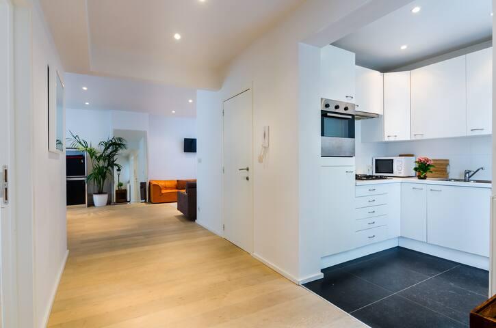 FAMILY FLAT MONTGOMERY, BRUSSELS - Woluwe-Saint-Lambert - Apartmen