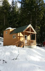AWD Tiny House - Leavenworth - Cabin