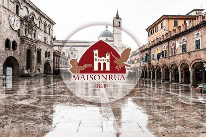 Maisonruà B&B  Rua di Sant'Emidio - Ascoli Piceno  - Apartamento