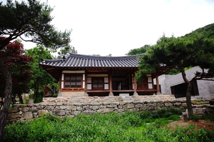 안채 - 설화당(說話堂)
