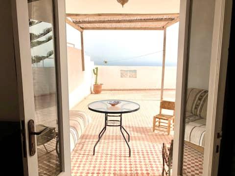 Appartement Tamraght terrasse  privée et vue océan