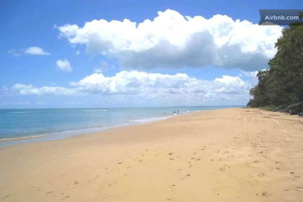 Safe beaches for children at Hervey Bay