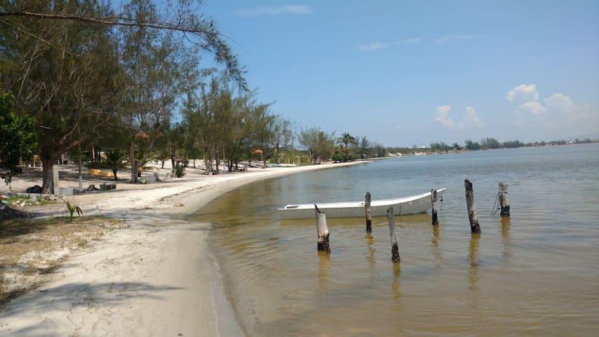 Casa em Praia Seca na Beira da Lagoa