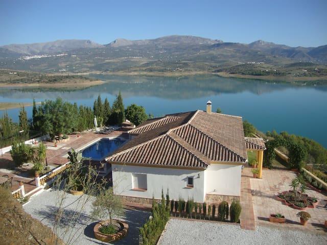 Casa Rocío&Paloma - Málaga - Hus