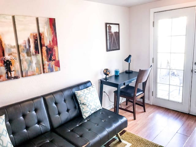Gorgeous downtown apartment... Walk to everything - Albuquerque - Lakás