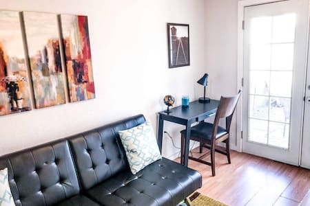 Gorgeous downtown apartment... Walk to everything - Albuquerque - Departamento