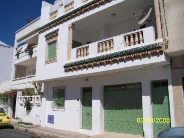 Maison dans quartier typique - La Goulette - Haus