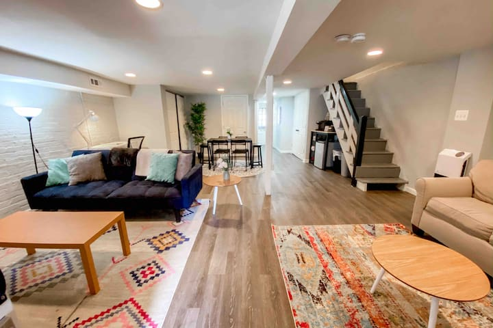 Modern & Walkable DC Basement Apt - 1 bed | 1 ba
