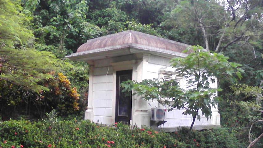 ken-ting  , juniper tub hotspring - Mudan Township