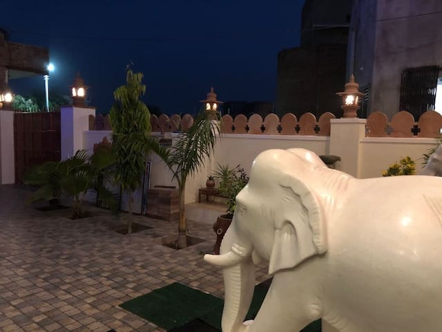 Mehai Rooms in Hotel pinaki