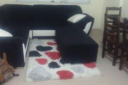 Rahat Olabileceğiniz Bir Ev - Fertek Belediyesi - Adosado