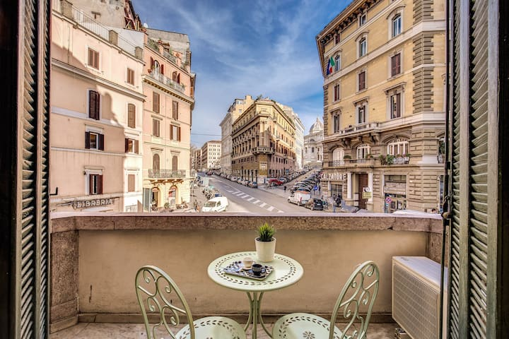 Cavour apartment with sweet balcony