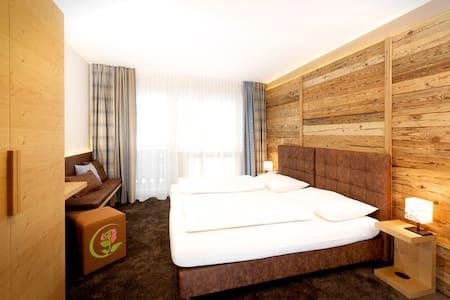 Rosentalerhof Hotel & Apartments  - Saalbach-Hinterglemm