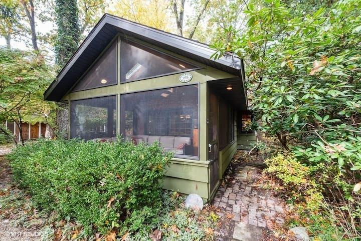 The Pines Cottage on Birchwood