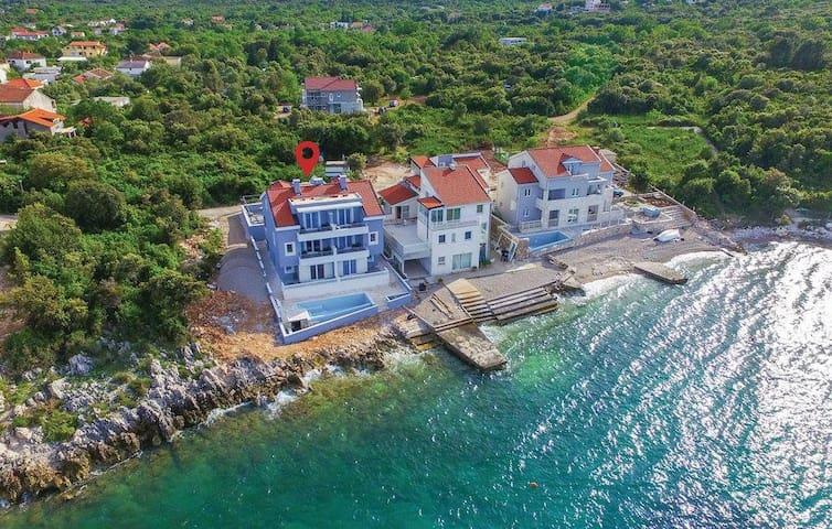 Villa Poseidon; seaside apartments - Sreser - Apartment