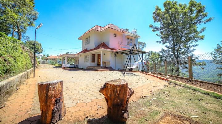 Samarakshitha - The Villa with Valley Views