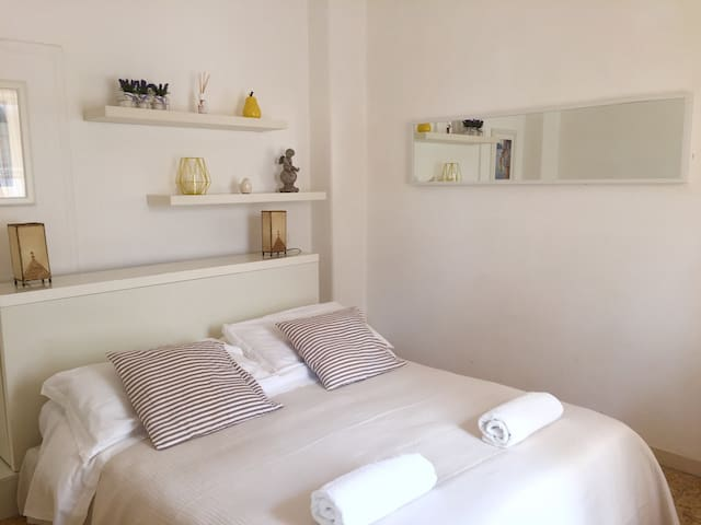 Charming Room | Balcony Sea View - Anacapri - Bed & Breakfast