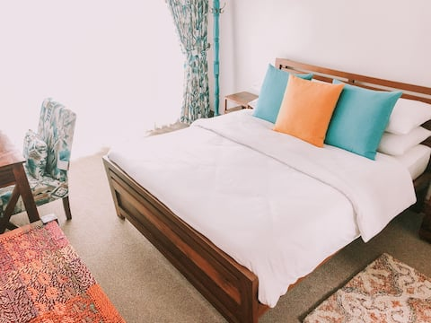 The Mahal: Chamba Suite