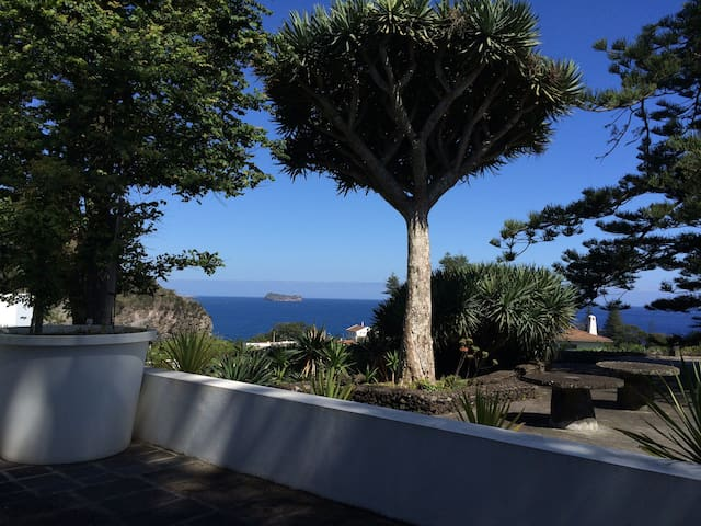House with Seaview in Caloura - RRAL 263 - Ponta Delgada - House