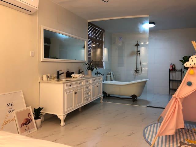 GRIT HOUSE 301天台观星赏月浴缸1.8米大床房