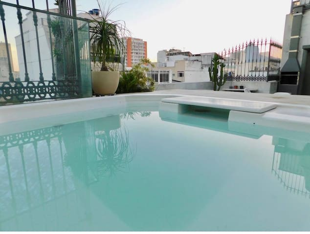 Very spacious PENTHOUSE in the heart of IPANEMA!